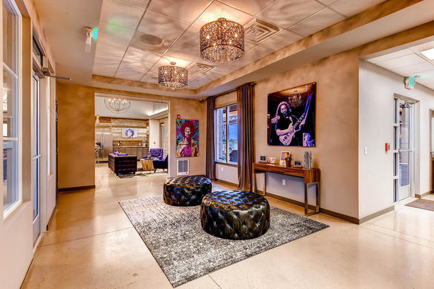... Lobby Of The Legend Flats Apartments ...